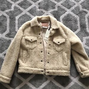 Levi's size small fuzzy off white jacket!